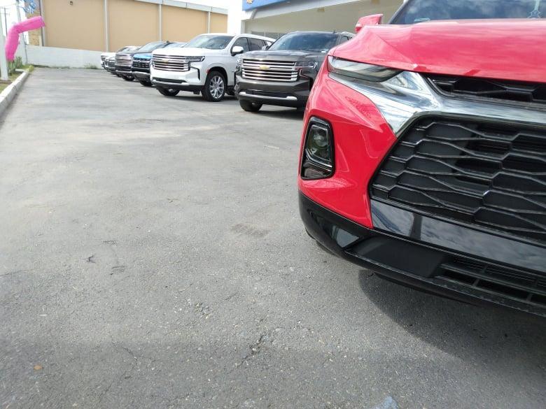 Bajan las ventas un 30% en producción de autos