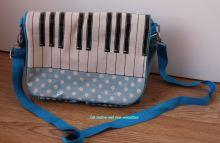 sac à main piano bleu