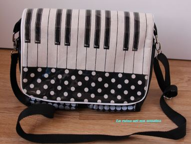 sac à main piano noir