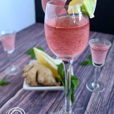 Raspberry Ginger Infused Water
