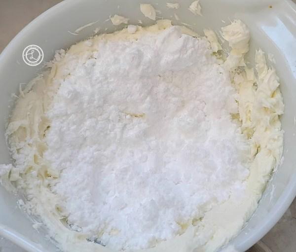 Adding Powdered Monk Fruit Sweetener