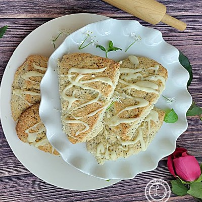 Gluten-Free Almond Poppyseed Scones