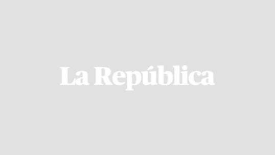 Ciudadanos del El Bosque en Santiago de Chile protestas ante la falta de alimentos en medio del confinamiento impuesto por el Gobierno de Sebastián Piñera. Foto: AFP.