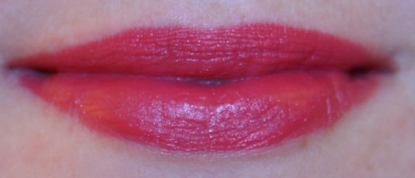 swatch rouge g guerlain gourmandise