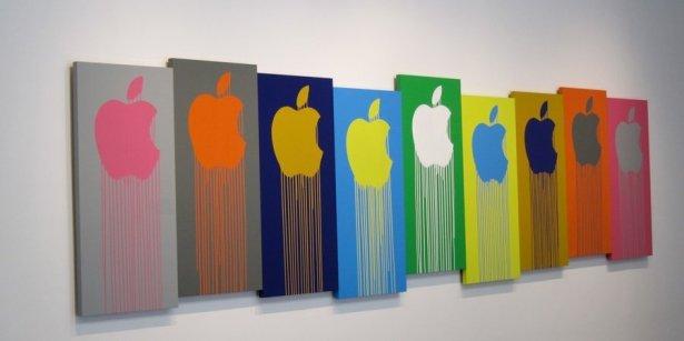 Liquidated Logos/Apple, Traffic in Icons