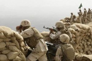 1433498703_saudi-soldiers-khoba-frontline-border-post-yemen