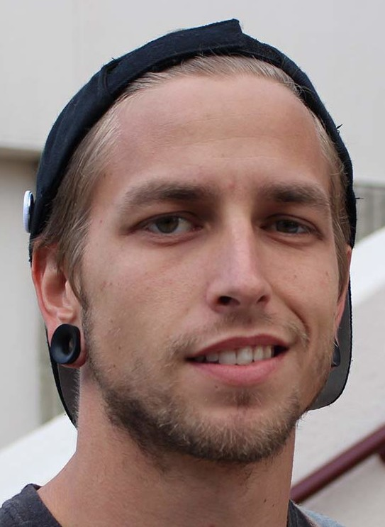 JEFF THOMAS, 26, English