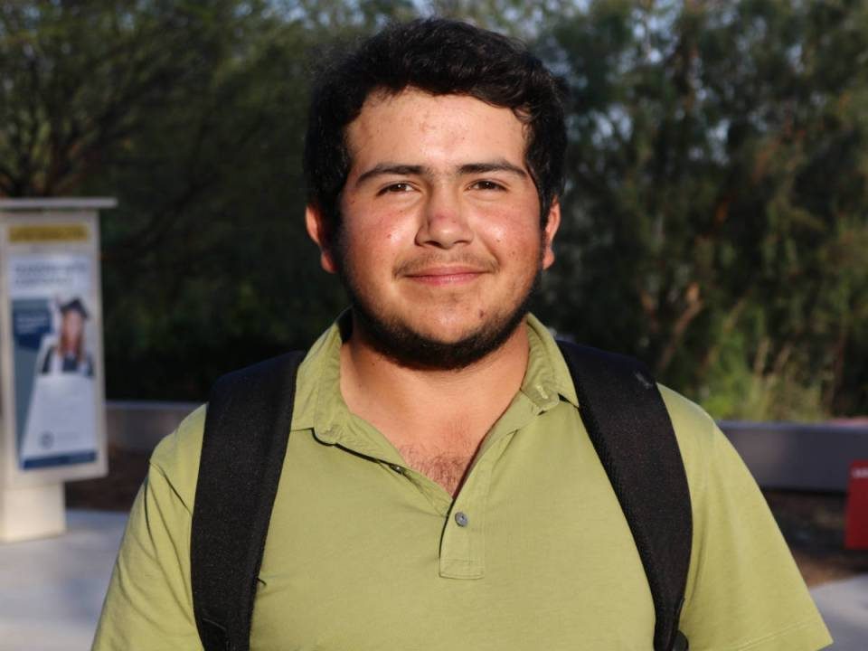 Saddleback College golfer Roberto Llevana came to the U.S. to further his education. Llevana has become a huge impact for the golf team, leading them to the victory of the 2016 season. (Austin Weatherman/ Lariat)