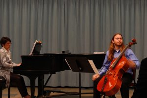 Berett Phillips awaits critique in the master class with Canadian violinist Iryna Krechkovsky.