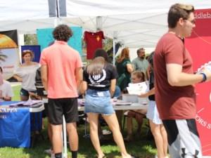 Saddleback students check out clubs (Daniela Sanchez/Lariat)