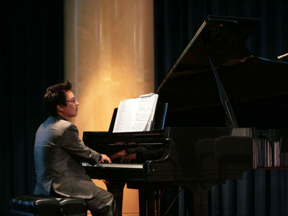 "Andrew Park performing ""Sabre Dance"" by Aram Khachaturian at the McKinney Theatre. (Colin Reef/Lariat)"