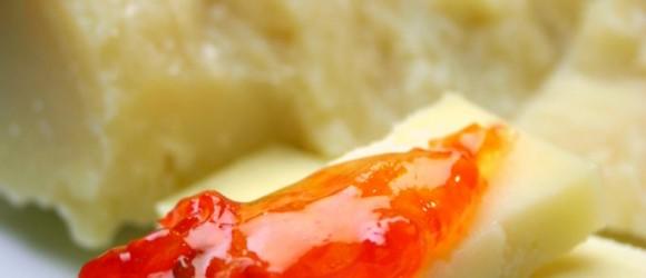 Marmellata di peperoni rossi piccantina