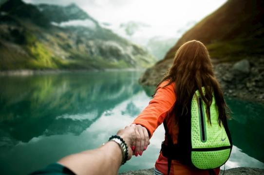 viaggiare fa bene a una relazione d'amore