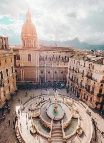 sicilia orientale: palermo con la piazza della vergogna