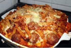 Un altra ricetta della pasta al forno con polpettine