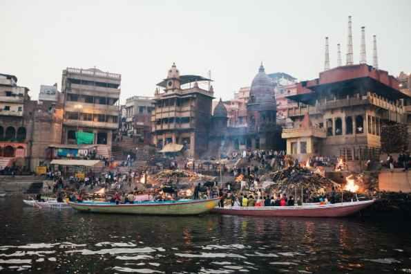 Viaggiare per ritrovare se stessi in un luogo mistico: Varanasi