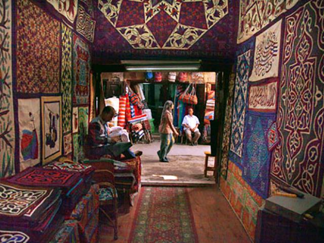 Il ricamo, un'antica arte del Cairo
