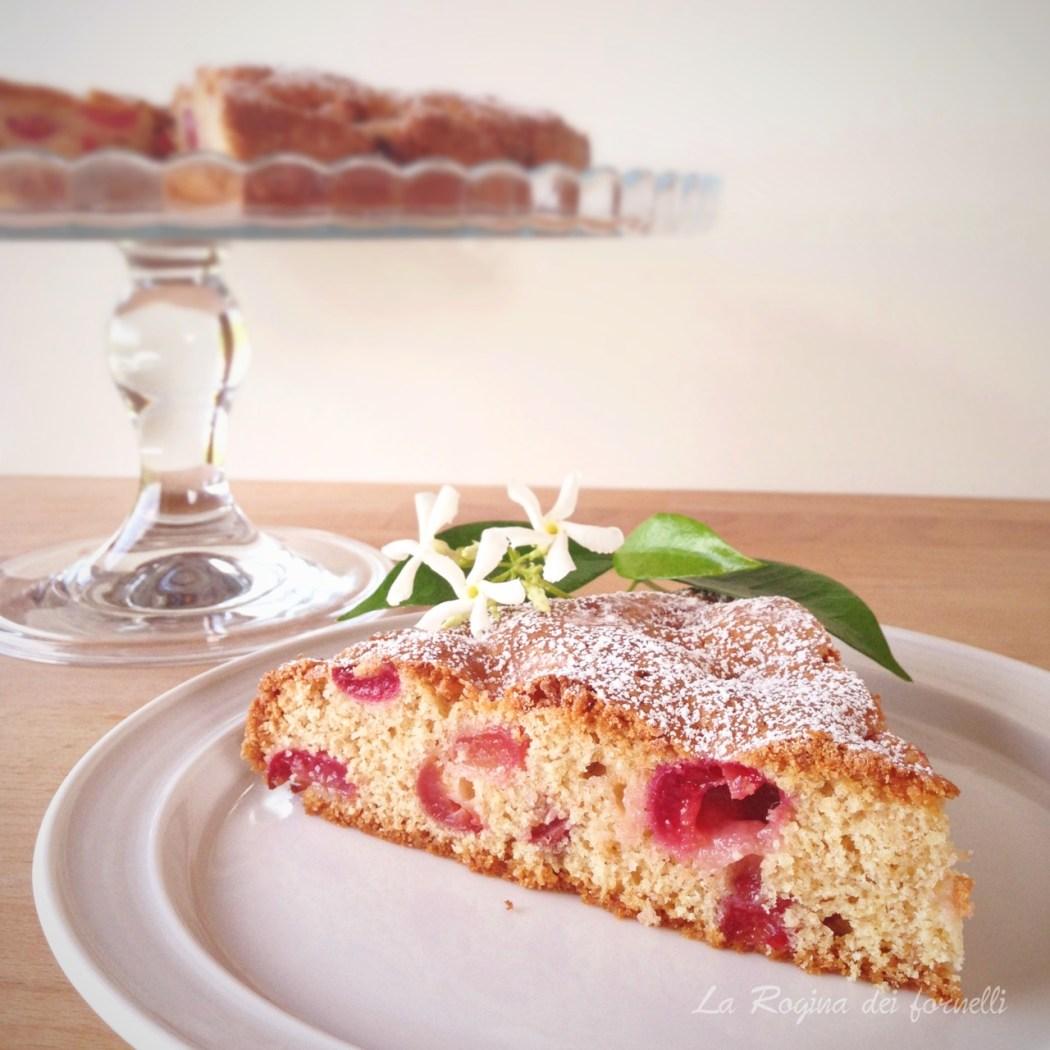 torta-ciliegie-fetta