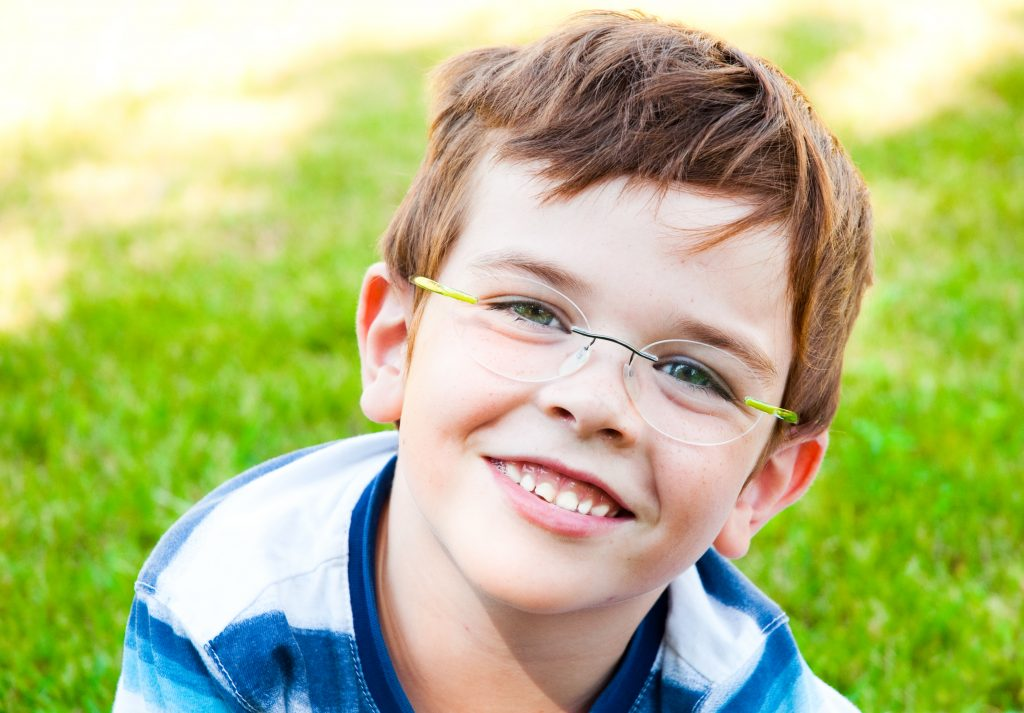 If you are a parent of children with glasses, you know that convincing your child to reliably wear and care for their glasses can be a real challenge. Here are five tips and tricks to help your family make the best of glasses.