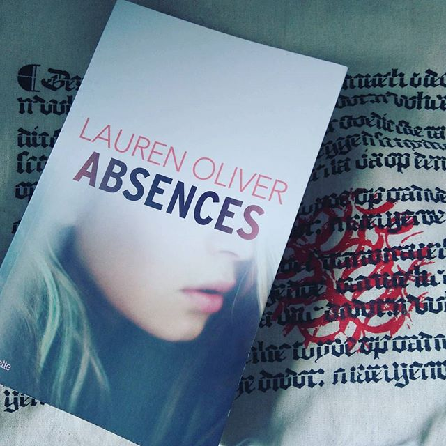 Absences, de Lauren Oliver - Le Thriller Adolescent qui n'a rien à envier aux grands !