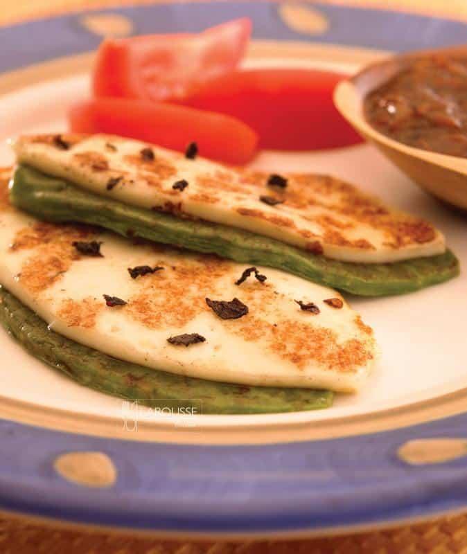 Queso panela asado con nopales ⋆ Larousse Cocina