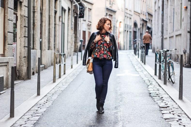 blouse fleurie - sac vintage - laroxstyle blog mode lyon-13