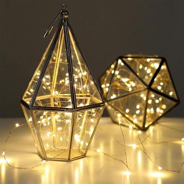 idee cadeau - femme reveuse - guirlande lumineuse