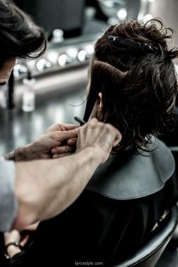 coupe courte cheveux boucles - coiffeur la loge lyon - blog laroxstyle -14