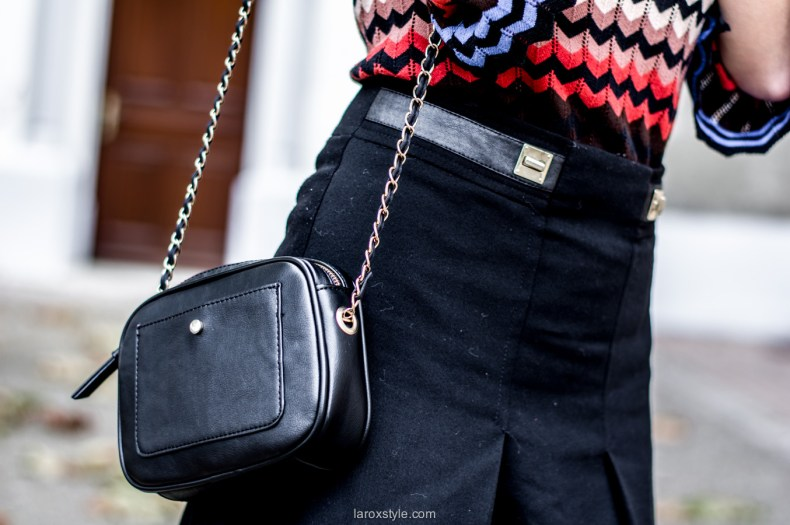 mini jupe trapeze - porter de la couleur en hiver - blog mode lyon - laroxstyle-16