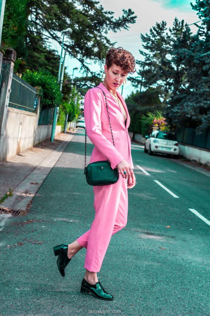tailleur pantalon rose  - blogueuse mode