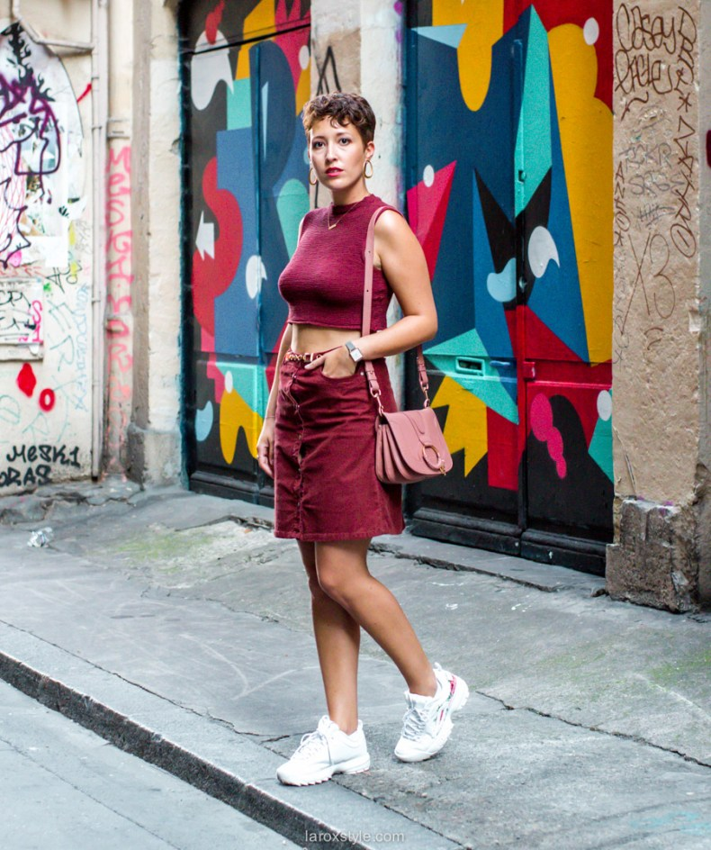 idee look jupe en velours et baskets - blog mode lyon-11