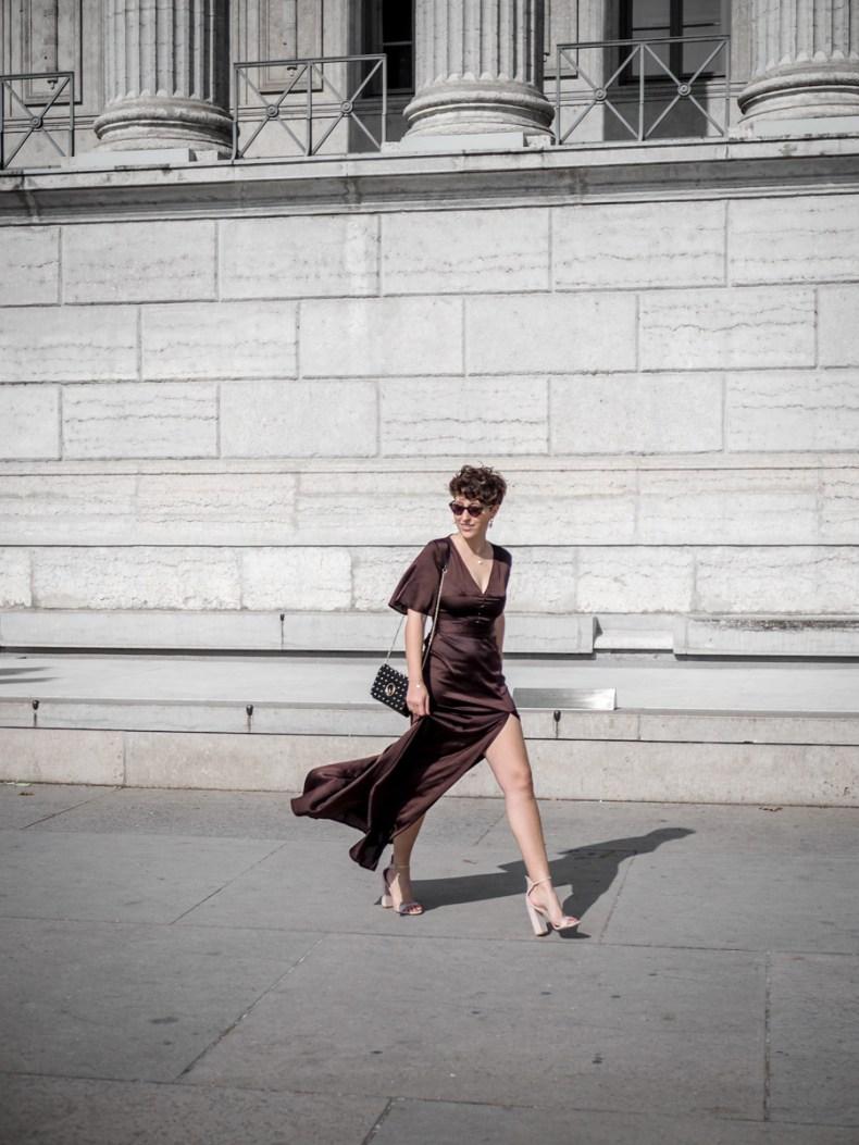 f7bb3e78828 quelles tenues pour une invitee a un mariage - robe longue echancree - blog  mode