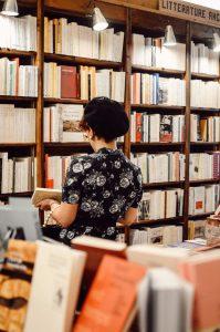shooting à la librairie - library photoshoot