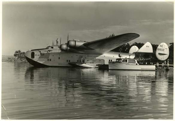 Boeing Model 314 flying boat docked at Pearl Harbor, Hawaii, ca. 1939-1940. National Air and Space Museum (NASM 85-14240), Smithsonian Institution.