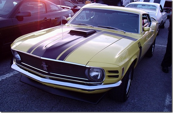 '70_Ford_Mustang_Boss_302_(Les_chauds_vendredis_'10)