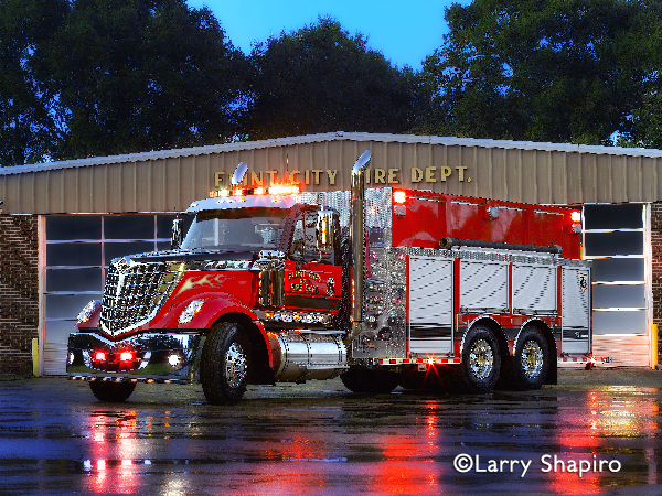 International Lodestar fire truck