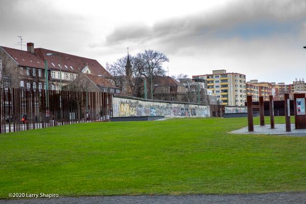 Am Shalom of Glencoe visits Berlin