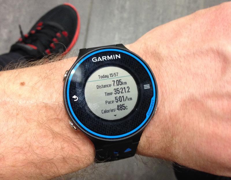 Garmin Forerunner 620 test på løbebånd