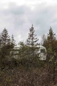 Cabin, Trailer, Trees, Hunter, Lonely, North, Tromsö, Street Photography, Photo Book, Lars Hübner, Fotograf, Norway, Reportage, Visual Storytelling