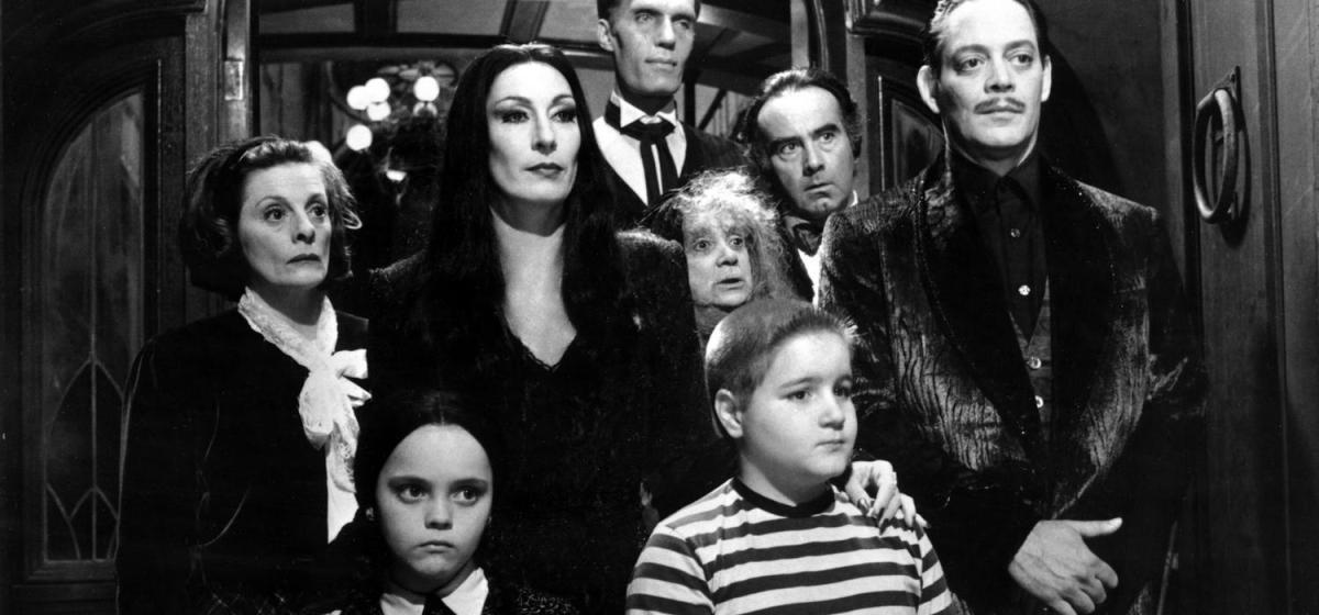 Critique de La Famille Addams : l'indémodable comédie noire !