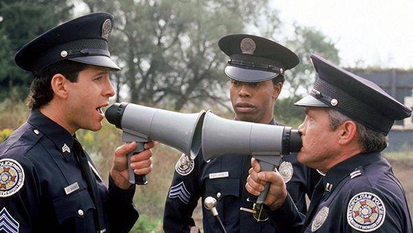 police-acadamy-retour-vers-le-passe-larsruby