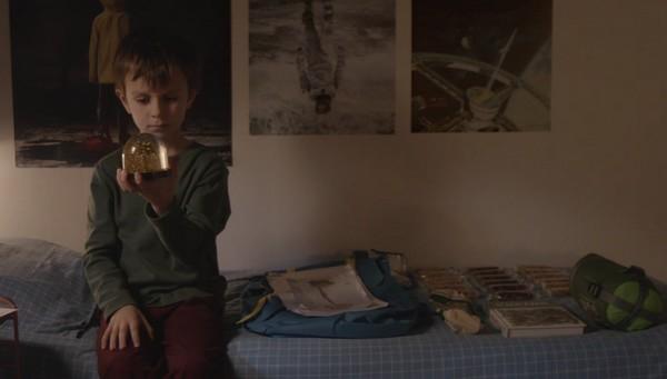 je-suis-unique-mathilde-fenetrier-nikon-film-festival-larsruby-1