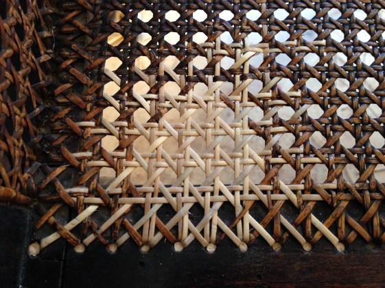 cannage percé 6 fils fauteuil Napoléon