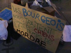 nuit-debout_république_Paris_bourgeois