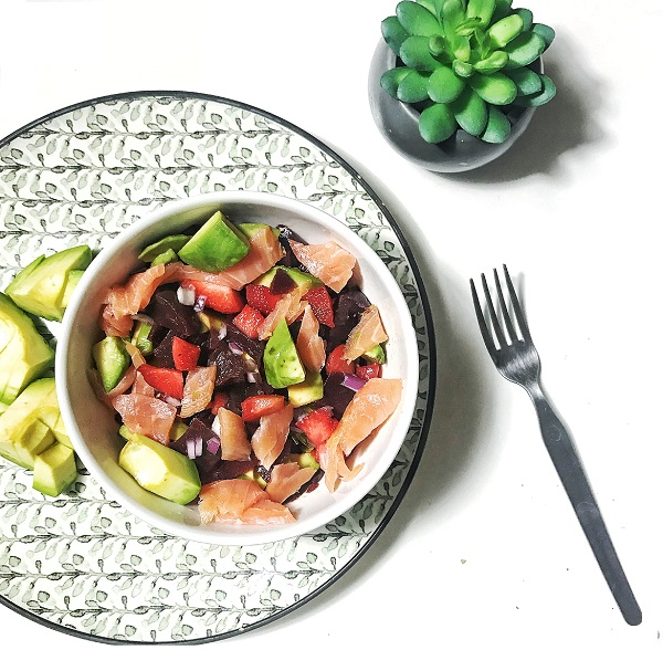 recette de salade composée légère pour cuisiner de saison au printemps