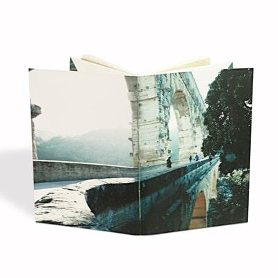 couverture photo du pont du Gard du carnet Agrippine