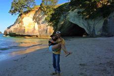 Ruth y Victor en Cathedral Cove