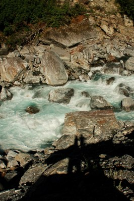 rios y cascada costa oeste nz
