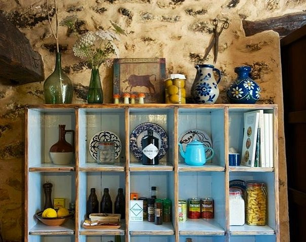 || Details in our rustic kitchen in the main house || #rustic #kitchen #interiors #stonewalls #finca 500 years old #holidayhome #vacationvilla #yourhomeinbiza #ibizastyle #lascicadasibiza {ph. by @chiefsqueensibiza}