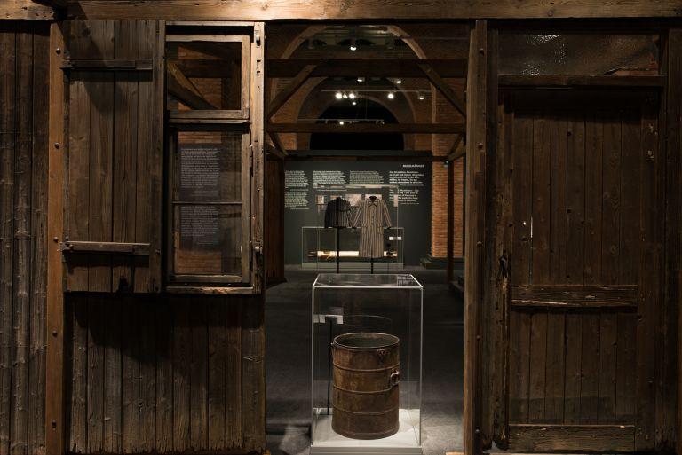 2.- Vista de la exposición ©Pablo Á. Mendivil, cortesía Musealia